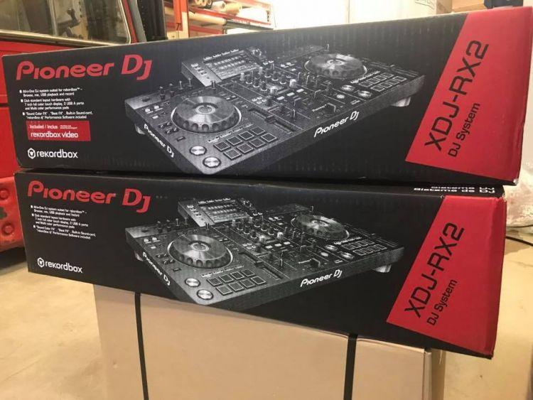 Pioneer DJ XDJ-RX2 All-in-one 2-Channel Professional DJ